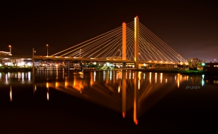 Thea Foss Waterway, Tacoma Bridge